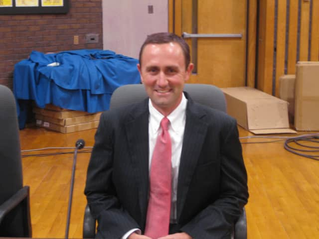 Edward Reder replaces Lee Goldstein on the school board.